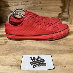 Convers low top lace up triple red sneakers shoes
